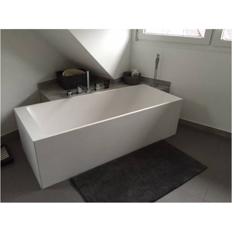freistehende mineralguss badewanne angularo aus solid surface in. Black Bedroom Furniture Sets. Home Design Ideas