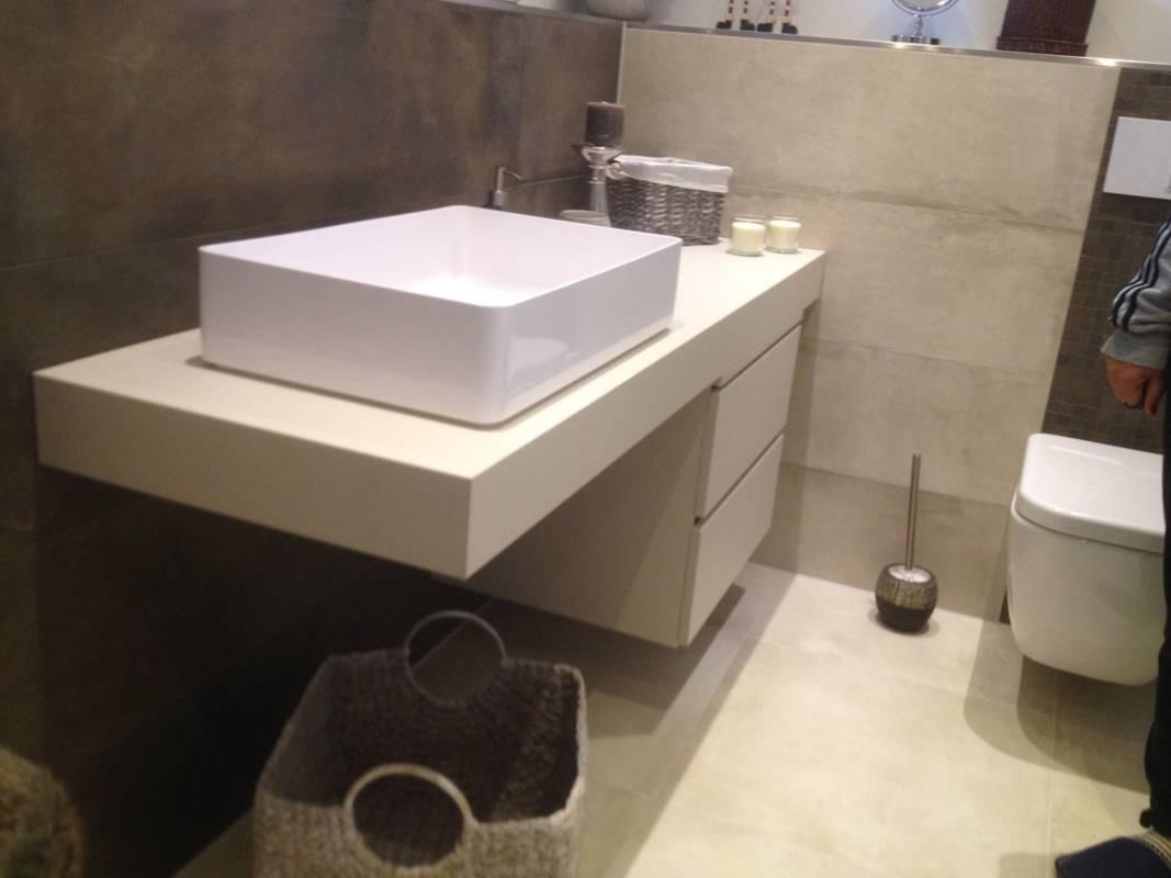 """Kundenbild 1 Badmöbel """"Stilon"""" Waschtischunterplatte mit Unterschrank in verschiedene Abmessungen"""
