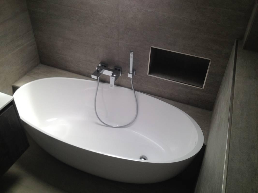 """Kundenbild 6 Mineralguss Badewanne """"Relino""""aus Solid Surface in Glanz oder Matt 1700x800x500 mm"""