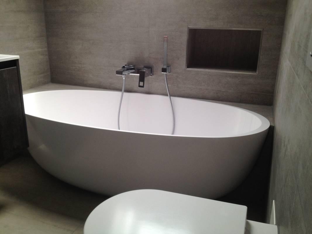 """Kundenbild 3 Mineralguss Badewanne """"Relino""""aus Solid Surface in Glanz oder Matt 1700x800x500 mm"""