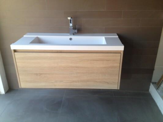 Waschbeckenunterschrank nach Maß | .one bath
